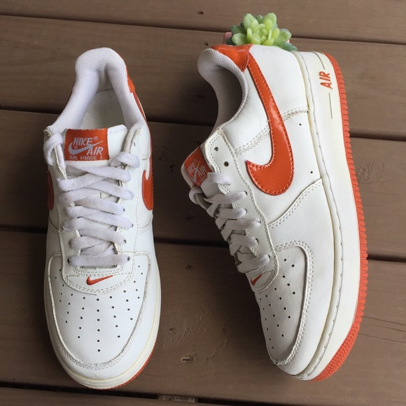 low priced 7c7e8 263f9 Nike Air Force 1 Low Retro Orange and White. M 5b536ab68869f788006d85d3